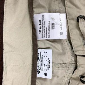 Columbia Pants - Columbia Womens medium Tan Nylon Capri Pants Short